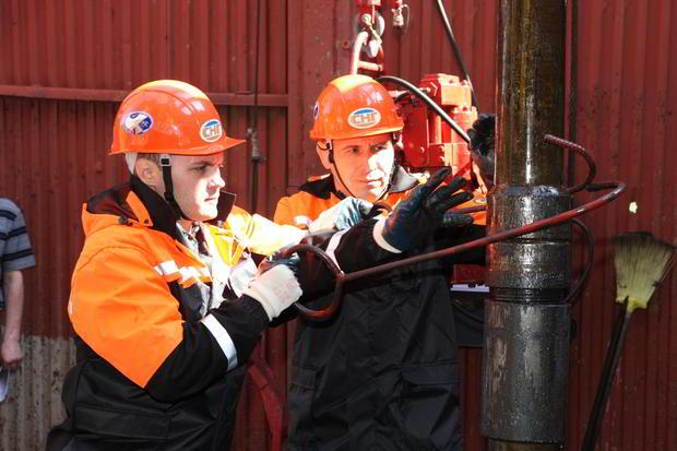 семьям, сургутнефтегаз поиск вакансий бурильщик берем отвертку