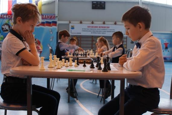 Юные шахматисты сразились за Кубок Главы Сургута. Победили «салаховцы» // ФОТО