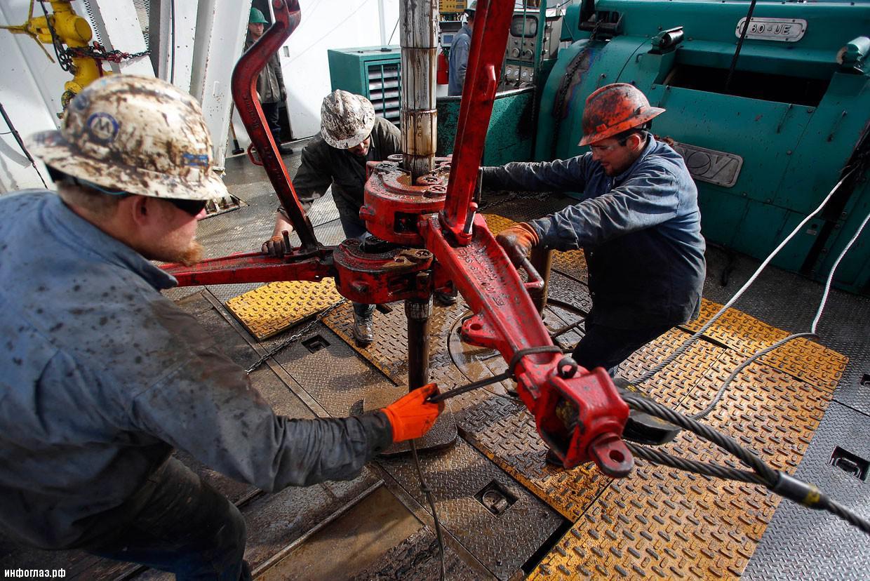 МЭА: нефтяные цены начнут расти в 2017 году после выравнивания спроса