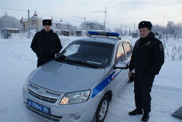 Сургутские полицейские спасли изгорящего дома ребёнка