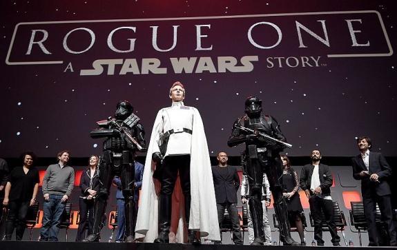 Rogue One: A Star Wars Story / Изгой-один. Звёздные войны: Истории [2016]: «Сила течет во мне. Я един с силой»