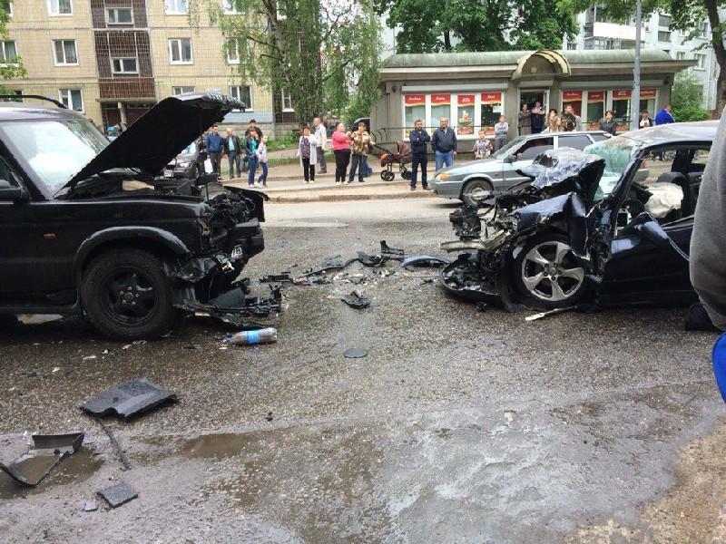 Медведев утвердил стратегию безопасности дорожного движения